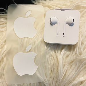 Apple EarPods with lightning connector & stickers